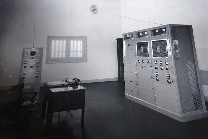Sala de máquinas en planta transmisora